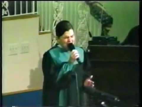 Vonnie Lopez with the Pentecostals of Alexandria | donaldelley