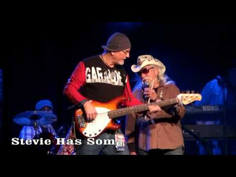 NYE 2010 With Ray Sawyer (Dr. Hook) Video 4 - Band Introductions