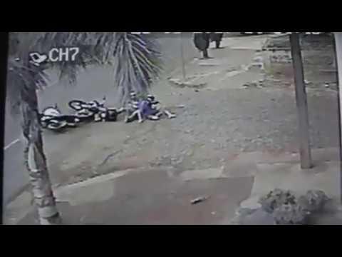 Acidente entre duas motos em Ajuricaba - 28/03/2017