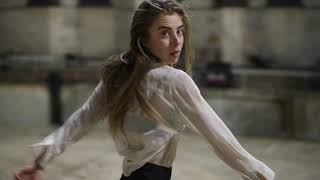 """Sara Larsson dancing to """"Stromae - ta fête"""""""