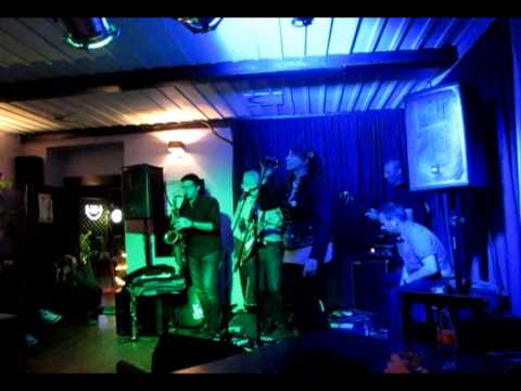 The Chuhapuhas - Spooky (Dusty Springfield cover) @ Ringlšpil bar