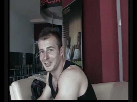 Ćwiczenia dla dolnej części mięśnia piersiowego w hali
