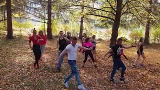 Zumba Borsod Twins  - Akon feat. Zion - I love the way she move