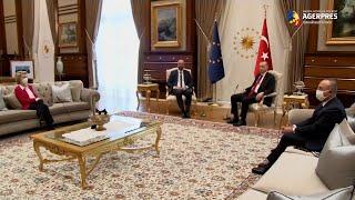 Von der Leyen, lăsată fără scaun la întâlnirea sa şi a lui Charles Michel de la Ankara cu Erdogan