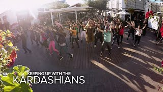 KUWTK | Kourtney & Khloé Kardashian Surprise Kim With a Flash Mob | E! - Video Youtube