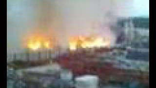 preview picture of video 'incendie d'une décharge à Peney / Vernier le 8 mai 2008'