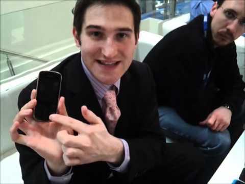 Nokia Asha 202: anteprima video al Mobile World Congress 2012