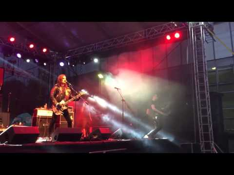 Rock n Roll Army - Cpt. Mendess & ROCK N ROLL ARMY - Masters of Rock 2015