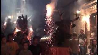 preview picture of video 'Solsona Corpus 2012 - Baixada a la Roda de Foc'