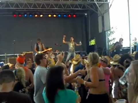 Country Thunder 2012 Six String Crossing- Folsom Prison/Country Girl Cover
