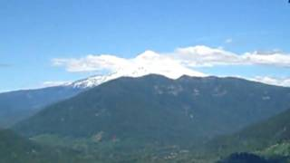 The upper section of Boulder Ridge Trail has some outcroppings that offer a view to Mt. Hood and Hunchback Mountain. The best views are further along on Plaza Trail. Video by Ryan Krol.
