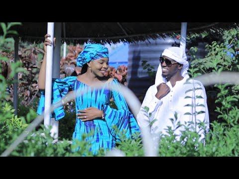 UMAR MB - [ DAGA ZUCIYA ]  Real Cousin featuring - Amal Umar ( official music video ) - 2018