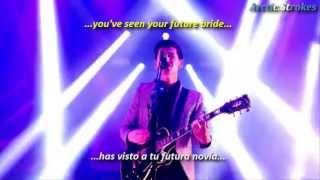 Arctic Monkeys - Dancing shoes (inglés y español)