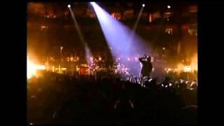 U2 Bad + Where the streets have no name (Boston 2001) HD