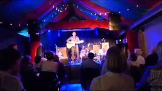 """Damien Dempsey Sings """"Factories"""" at the fundraiser for the Cuban uilleann pipers"""