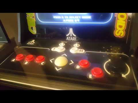 I bought an Arcade 1UP Asteroids cabinet!!!!!!! - смотреть