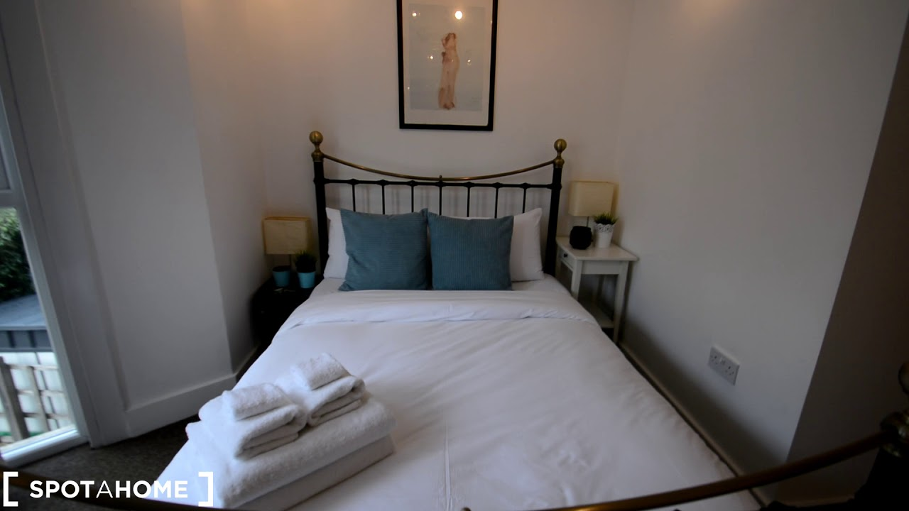 Modern 1-bedroom apartment to rent in Clapton