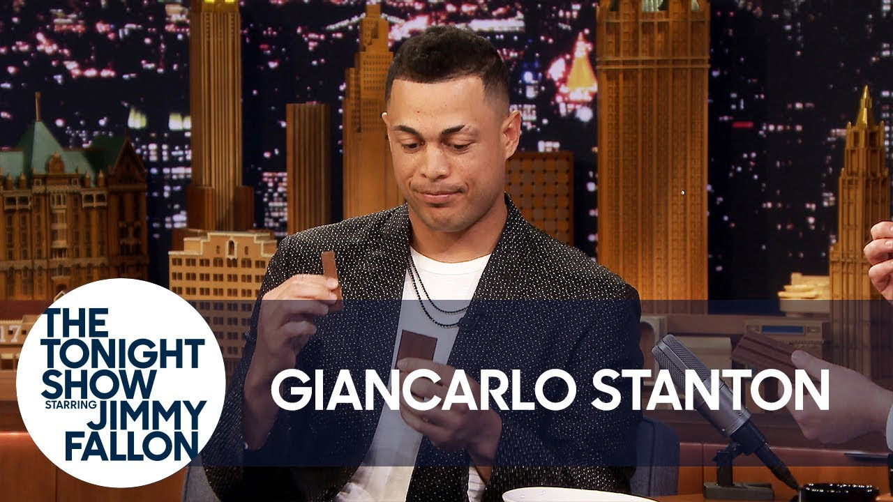 Giancarlo Stanton Doesn't Know How to Eat a Kit Kat thumbnail