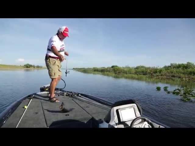 Skeeter ZX225 Boat Review