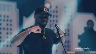 Davido Performs Jowo, Fem And Many More At The Hennessy Artistry