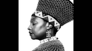 """Video thumbnail of """"Kana Uchema - Yvonne Chaka Chaka"""""""
