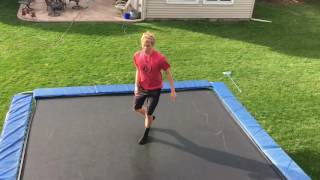 HOW TO BACKFLIP ON A TRAMPOLINE (TUTORIAL)