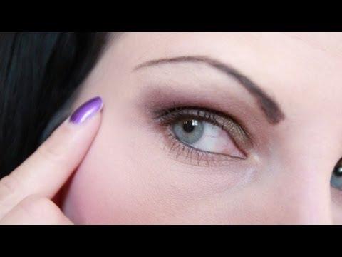 I mezzi per chiarificazione di pigmentary individuano la persona