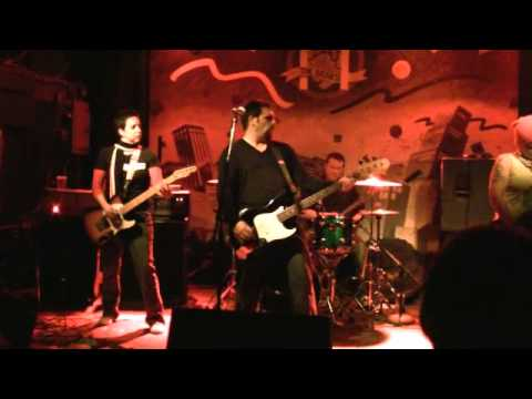 """FULL BODY ANCHOR: """"Borderline"""" (LIVE!) The Noise 30th Party (TTs, Cambridge, MA, 12/16/10)"""
