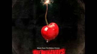Cherry Bomb - Dakota Fanning (Lyrics)