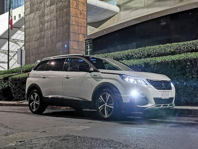 Peugeot 5008: le SUV qui donne jusqu'à 15 types de massages différents