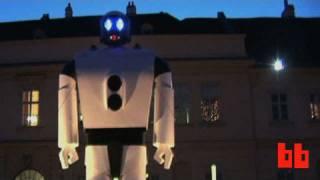 Roboexotica: robots that serve booze. (Boing Boing Video)
