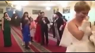 Драка девушек на свадьбе