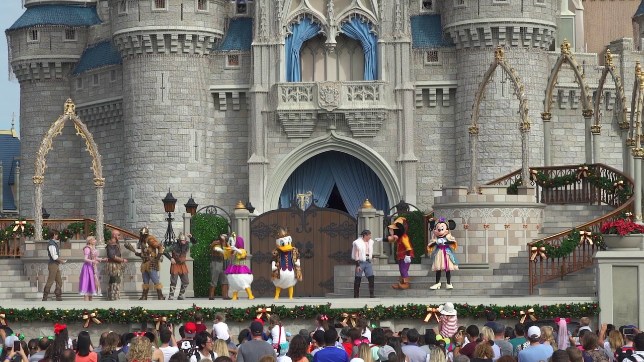 Mickey's Royal Friendship Faire Holiday edition