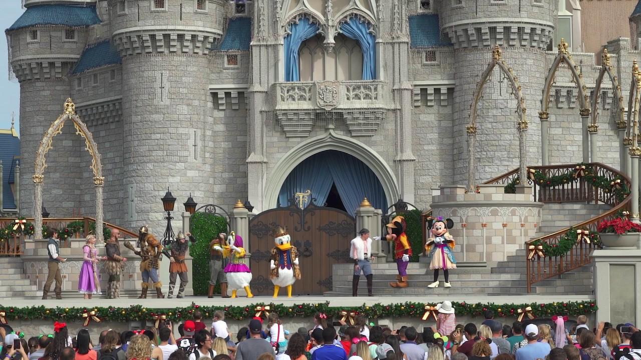 Mickey's Royal Friendship Faire Holiday edition