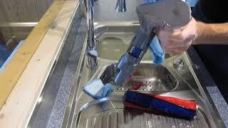 Dyson V11, V10, V8 oder V7, Reinigung , Sauger, Hartbodenbürste