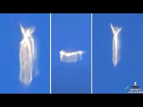 Vliegtuigpassagier filmde een ongebruikelijke vormveranderende UFO | UFO-waarneming of een mysterieus wezen?