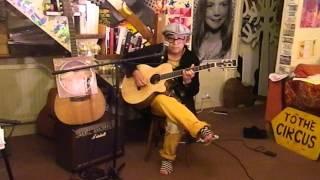 10CC - Marriage Bureau Rendezvous - Acoustic Cover - Danny McEvoy