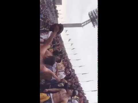 """""""La REBEL PUMAS vs jaguares 25/10/15 J14"""" Barra: La Rebel • Club: Pumas"""