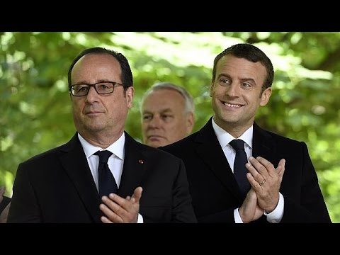 Έκκληση Ολάντ σε Μακρόν να συμβάλλει στην συμφιλίωση της Γαλλίας