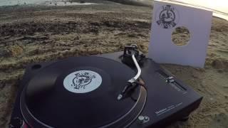 Roog & Dennis Quin ft. Berget Lewis - Igohart (Frag Maddin Remix)
