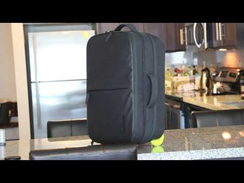 A Tech Luggage Roller? – Incase EO Travel Roller Review – For MacBook/Tech Gear!