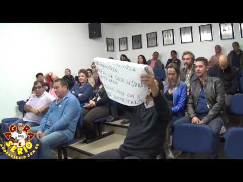 Wagnew faz Protesto na cara dos Vereadores de Juquitiba na Sessão Ordinária