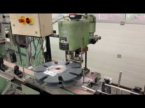 Video - 1/4 & 0,5 and 1 Liter filling station with Kugler screw closer