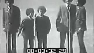 The Jackson 5 Sings The Star Spangled Banner At The World Series 19❼0