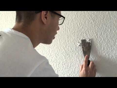 Löcher in der Wand verspachteln - so geht's