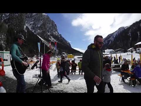 IVANGUITAR ENTERTAINMENT video preview
