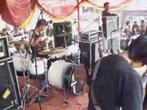 Hypocrite-Terbelenggu Live@Purwakarta Summer Fest 2012