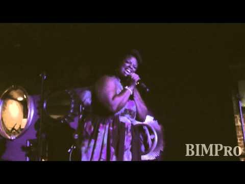 Tish Haynes Keys performs (Beautiful Ones) @ Quintessentials