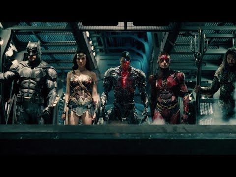 Justice League (Featurette 'Moments')