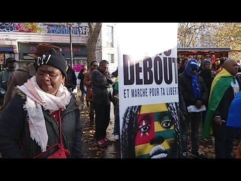 #TogoDebout à Bastille Mp3